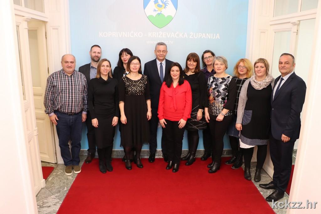 Podravska banka u suradnji sa Županijom uručila udrugama i ustanovama donacije u vrijednosti 40 tisuća kuna